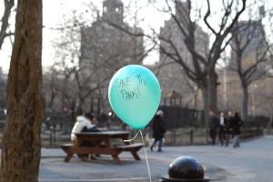 Blue Balloon(NYU Students\' Balloon Protest 03-08)