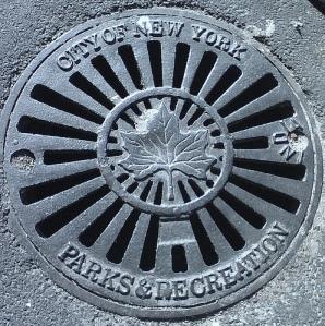 Parks Dept. Logo, old Grate, Flatbush, Bklyn